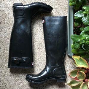 Hunter Black Gloss Tall Rain boot